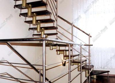 Г образная модульная лестница