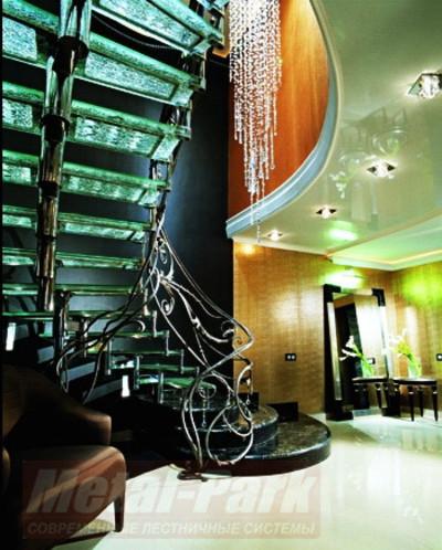 Изготовление дизайнерских лестниц