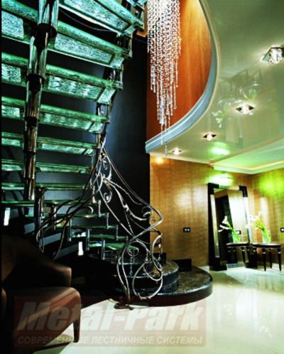 Изготовление дизайнерских лестниц1