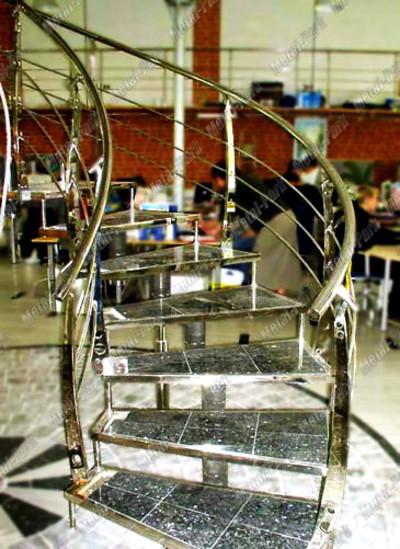 Модульная лестница со ступенями БАГЕТ керамогранит